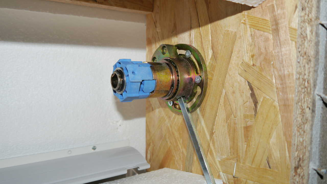 Sehr Umbau auf elektrische Rolladen bei unserem Massa-Haus, Teil 1 XX15
