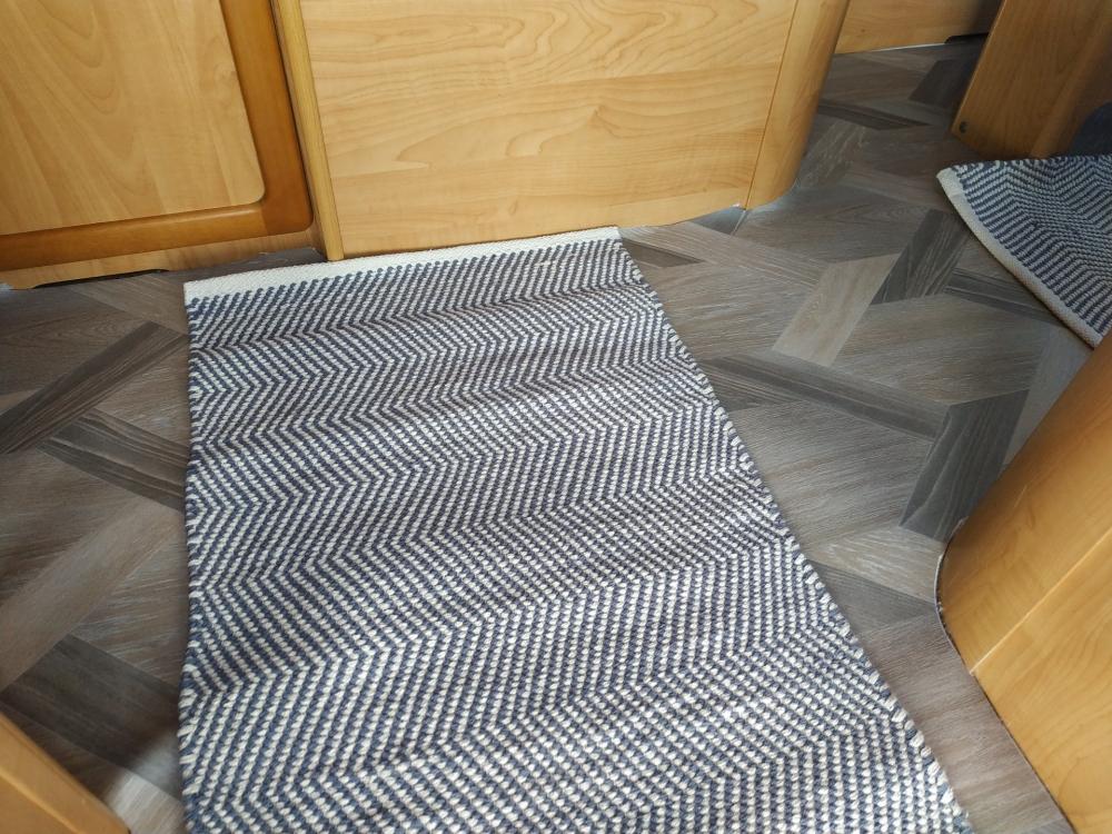 Neuer Fußbodenbelag im Wohnmobil